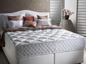 Blue Star matras van Yatas Bedding is verkrijgbaar bij Ela Wonen & Slapen